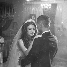 Wedding photographer Oleg Shvec (SvetOleg). Photo of 04.12.2018