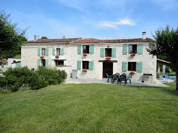 maison à Bercloux (17)