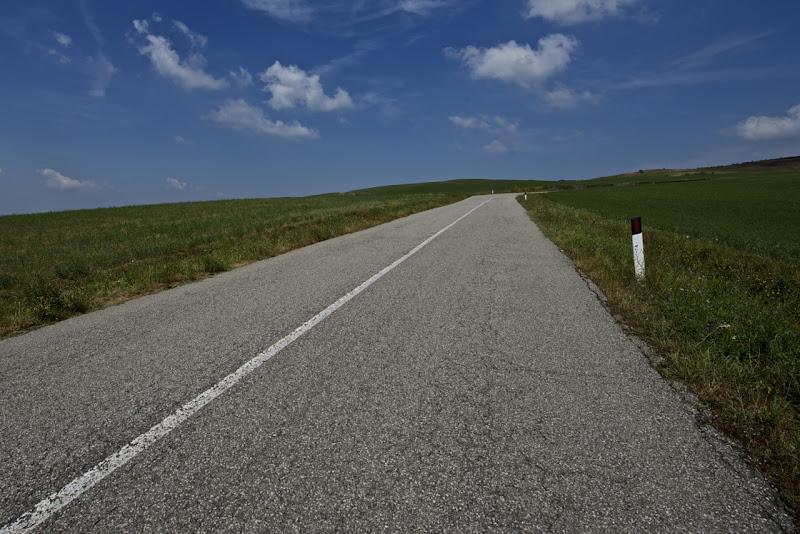 line and asphalt di Ltz/rivadestra