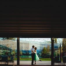 Wedding photographer Dmitriy Strelchuk (strelciuc). Photo of 23.11.2015