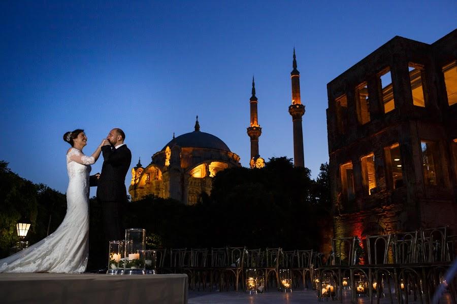 Wedding photographer Ufuk Sarışen (ufuksarisen). Photo of 01.12.2019