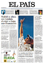 Photo: En la portada de EL PAÍS del miércoles 3 de abril: La sombra de Hugo Chávez marca el inicio de la campaña electoral venezolana; Madrid se alinea con Cataluña al exigir a Rajoy más financiación; El Barcelona empata con 'medio' Messi:http://srv00.epimg.net/pdf/elpais/1aPagina/2013/04/ep-20130403.pdf