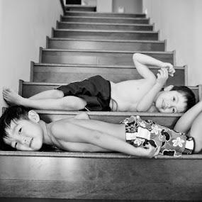 by Derrick Huynh - Babies & Children Children Candids