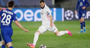 Benzema, durante el partido contra el Chelsea.