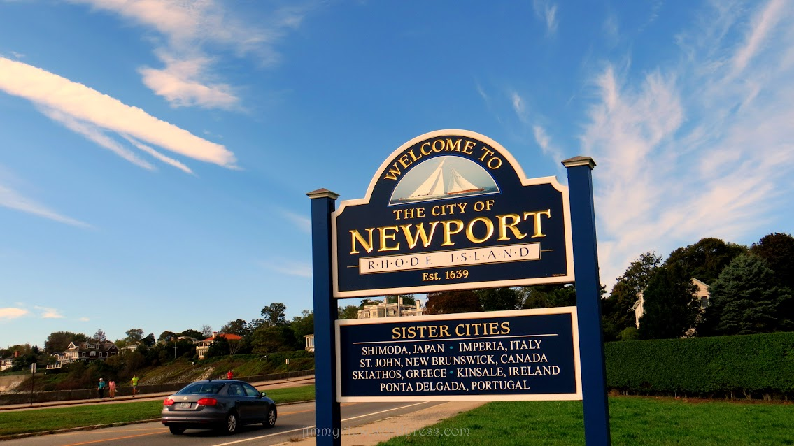 Welcome to Newport!! Signage stands at the junction of Old Beach Road and Memorial Blvd.