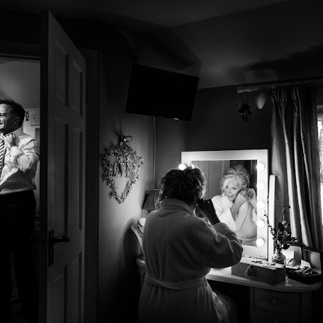 Wedding photographer Jon Mold (jonmold). Photo of 18.01.2018