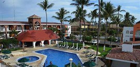Costa Alegre Hotel & Suites