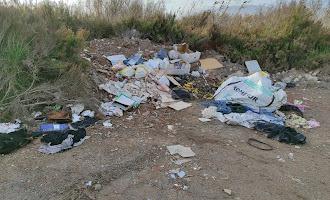 Vertederos ilegales en la Ribera de la Algaida
