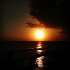 by Yudya Daton - Instagram & Mobile Instagram ( sunset, sunsetbig, 123rf, bali, travel, tanahlot, temple, beach, indonesia )