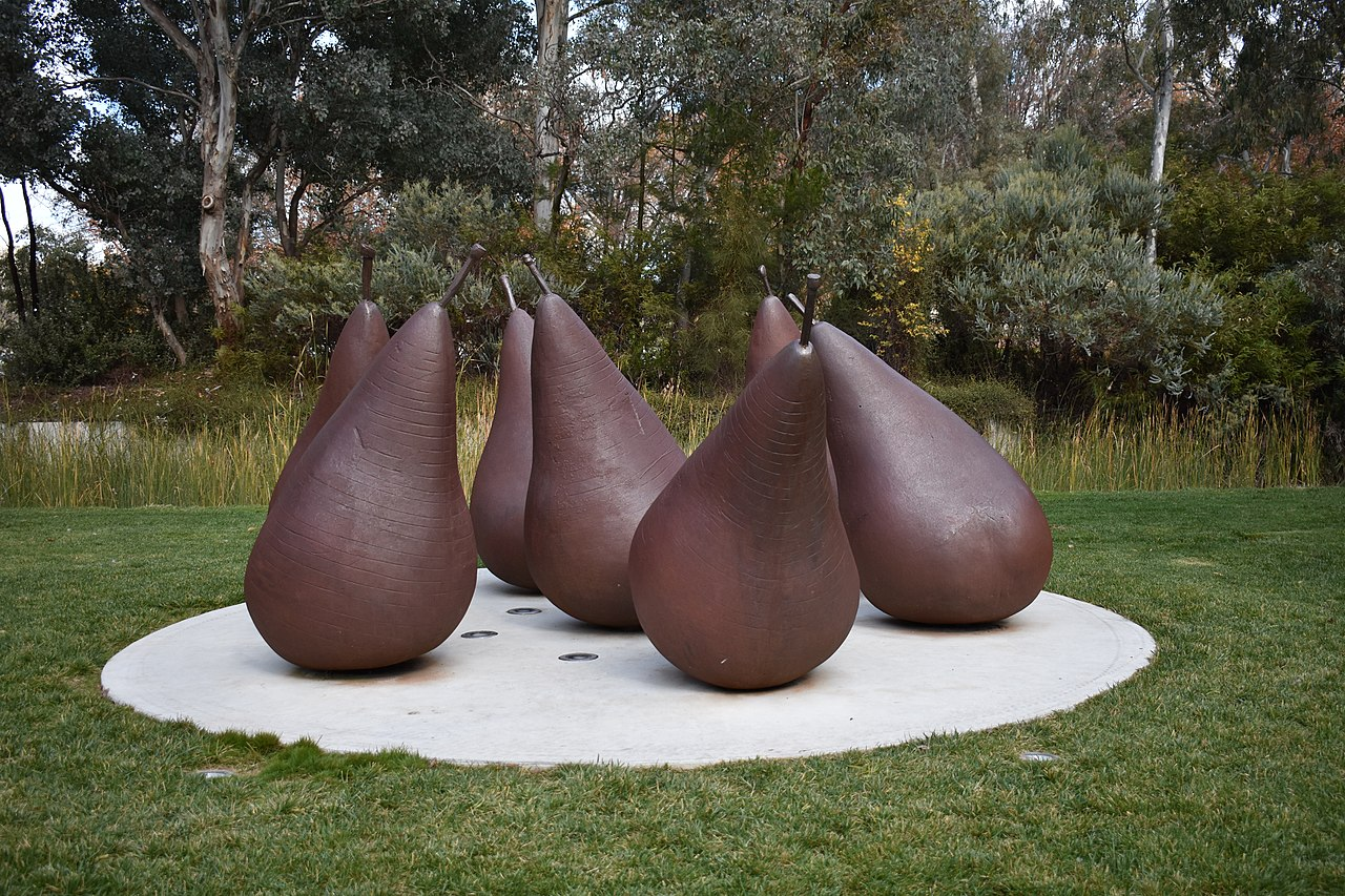 The Big Pears in Parkes represent the region's pear farming culture. Here's their story.