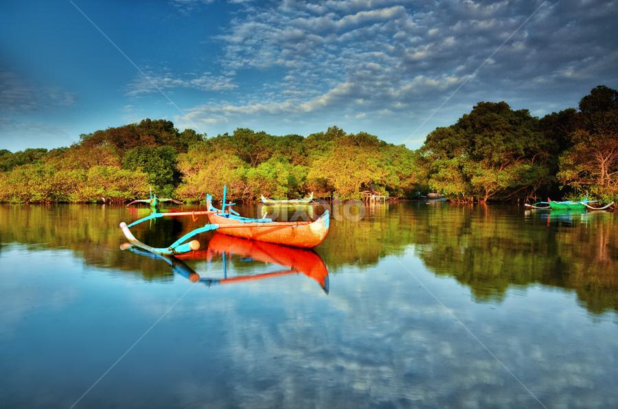 parking area by Raung Binaia - Transportation Boats