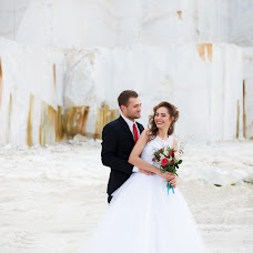 Wedding photographer Alena Pokidova (EkaPokidova). Photo of 21.10.2015