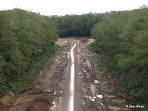 Photo: ...die führt aber direkt in den Tagebau!