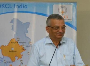 Photo: Dr Anil Kakodkar speaking in the seminar
