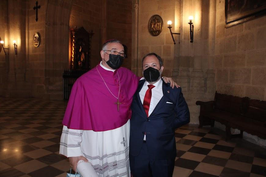 Desde Madrid para acompañar al nuevo obispo en su toma de posesión.
