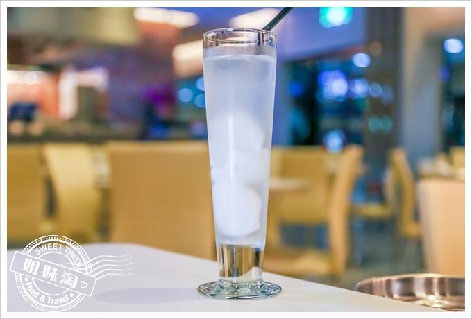 PAPAYA泰-泰式料理椰子汁
