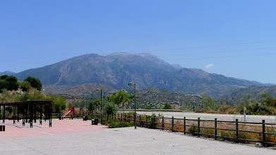 Photo: Sierra de Tejeda from the visitor centre serving the lakeside walking trails