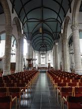 Photo: De middenbeuk van de Sint-Jacobskerk