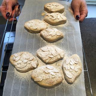 Italian Ricciarelli Biscuits Recipe
