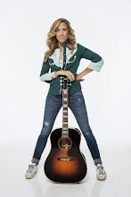 "Photo: NEW YORK, NY - AUGUST 23:  (EXCLUSIVE COVERAGE) Sheryl Crow portrait studio session at Splashlight Studios on August 23, 2013 in New York City. Her new album ""Feels Like Home"" releases on September 10, 2013.  (Photo by Larry Busacca/Getty Images)"