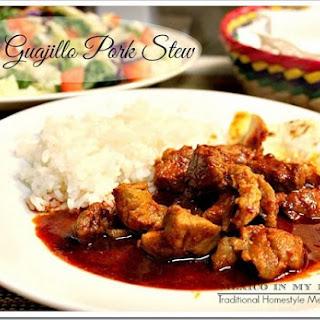 Easy Guajillo-Pork Stew / Asado de Puerco Sencillo.