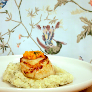 Seared Scallops with Jerusalem Artichokes Puree and Its Own Coral Caviar Recipe
