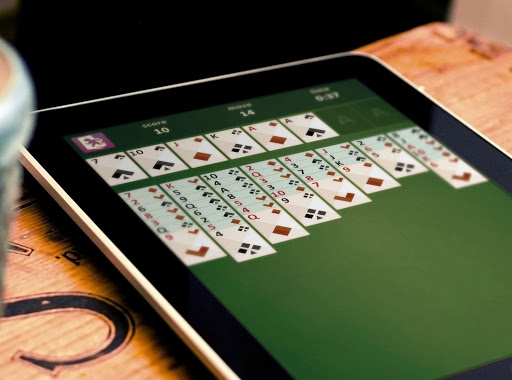how to play freecell solitaire on computer