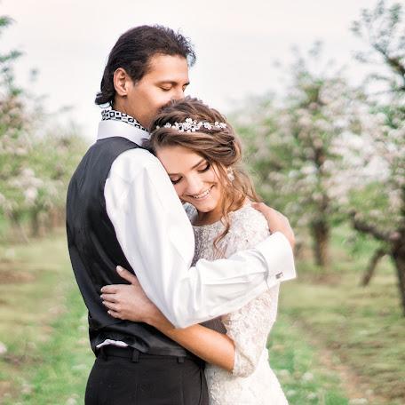 Wedding photographer Svetlana Lebed (SWIT). Photo of 27.05.2017