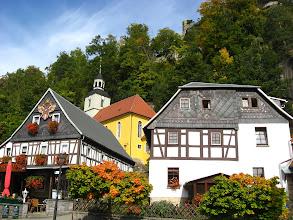 Photo: Pierwsze wzmianki o miejscowości pochodzą z 1290. Przez długie lata należał do żytawskiego rodu szlacheckiego Ronowców (cz. Ronovci). Obecny herb miasta pochodzi bezpośrednio od herbu tegoż rodu.