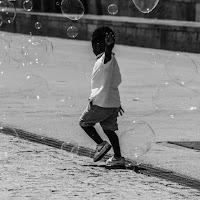 Giocando tra le bolle  di
