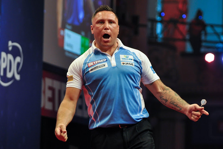 🎥 Gerwyn Price pakt tweede PDC Darts Grand Slam-titel op rij na knalprestatie