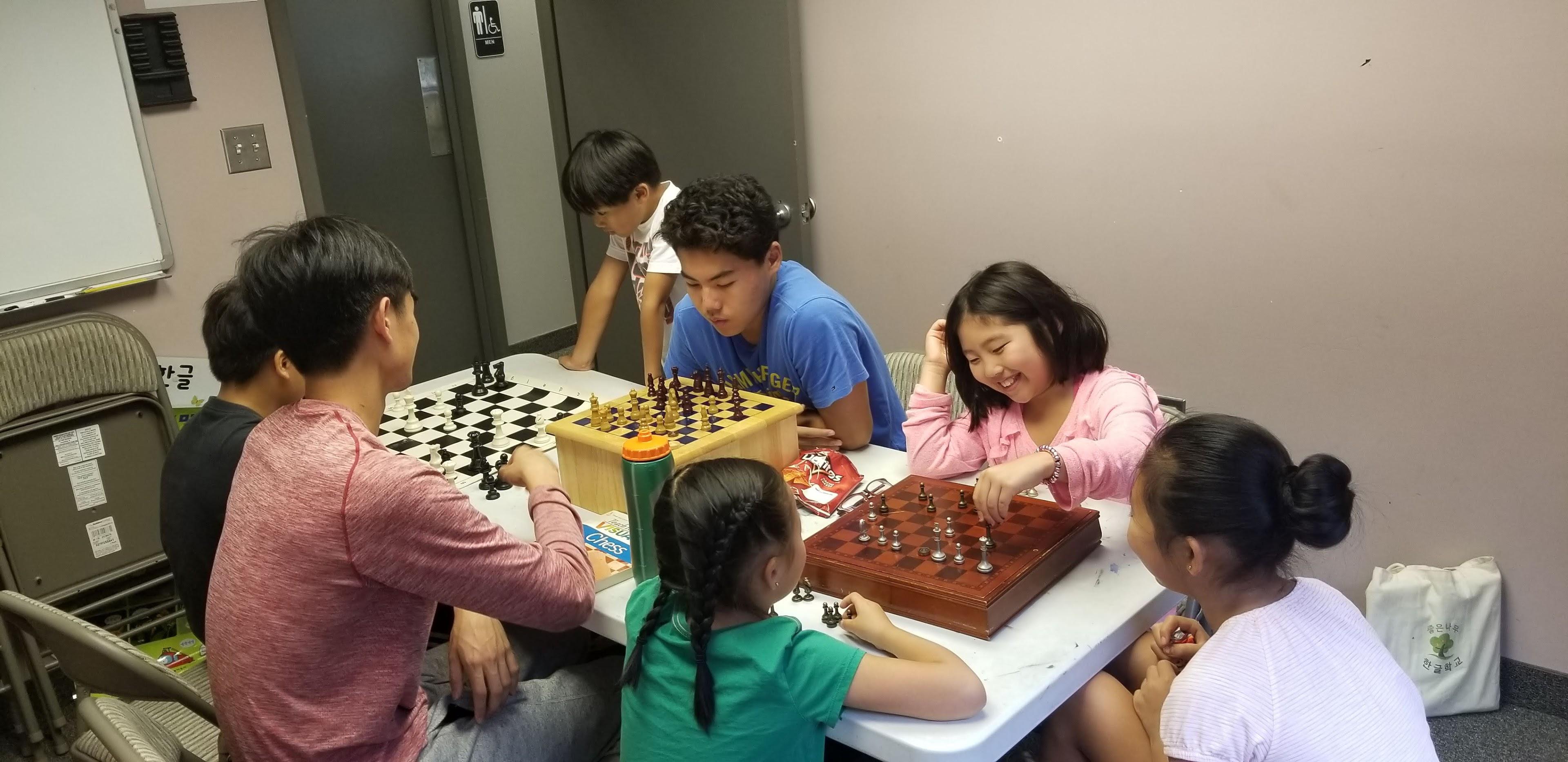 한국학교 특별활동 (체스반)