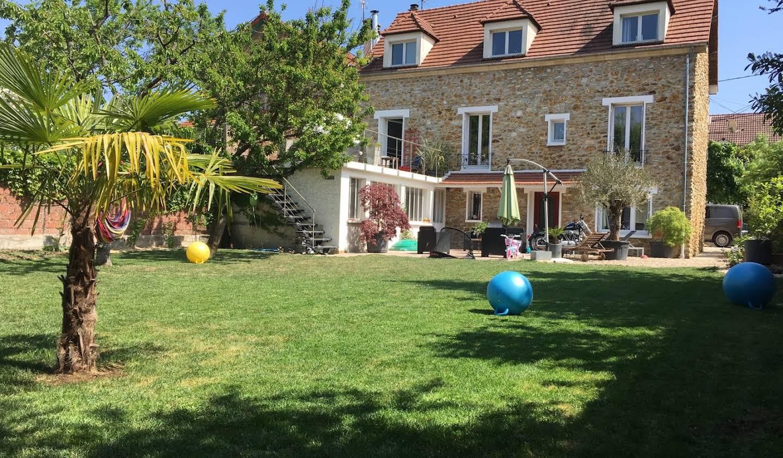 Maison Chelles