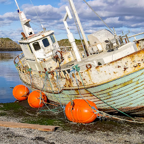 in need of some work by Frank Barnitz - Transportation Boats ( beached, horizontal, outdoors, travel, transportation, boat )