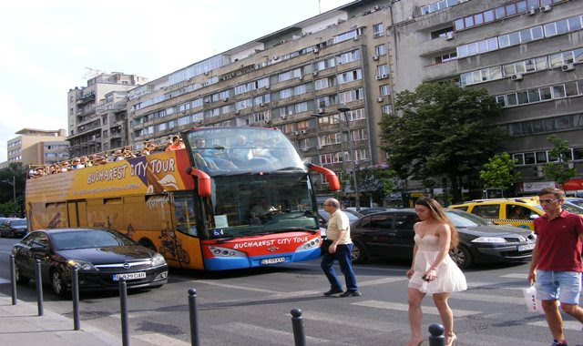 Tour of the Romanian Capital with Bucharest city tour