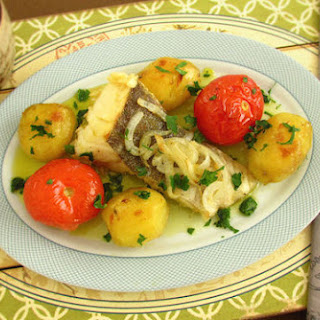 Cod In The Oven With Tomato And Potatoes.