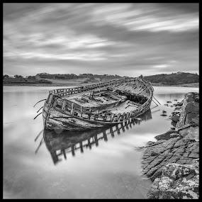 Mull Wreck by Ian Pinn - Black & White Landscapes ( wreck, cloud, mull, long exposure, boat, scotland )