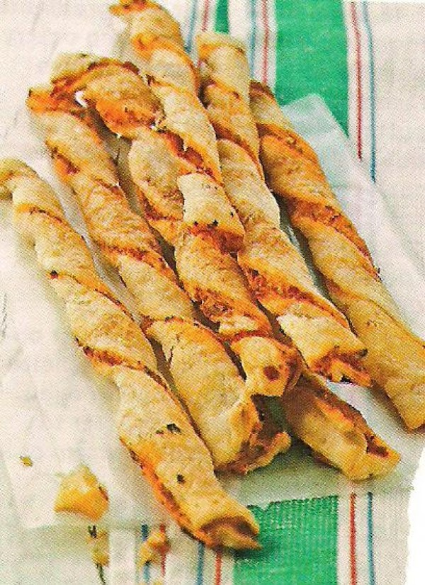 Red Pepper Straws Recipe