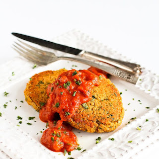 Baked Curry Lentil Cakes Recipe with Roasted Red Pepper Sauce.