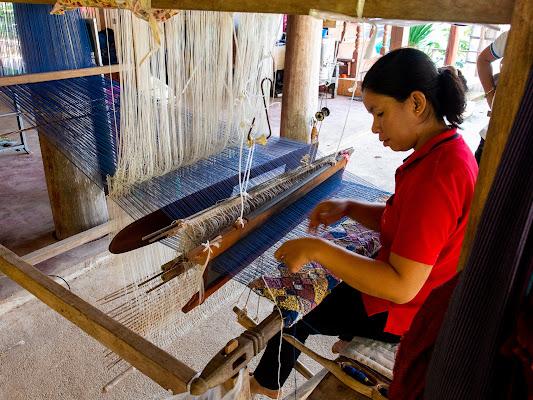 Lavorazione della seta a Chiang Ray di Fabien