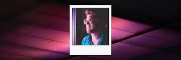 Window Portrait Frame - Twitter Header Template