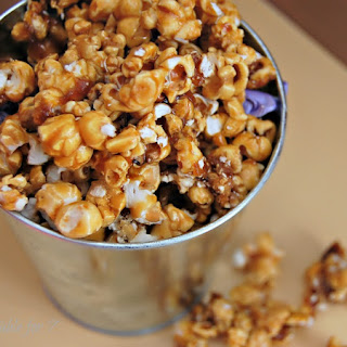 {Simple Homemade} Caramel Corn