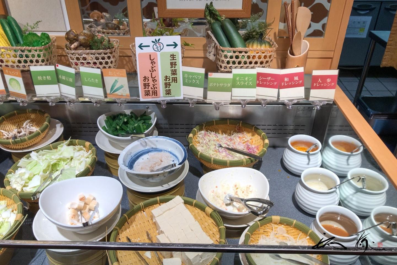 生野菜用のドレッシングは3種
