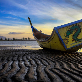 The Dragon's by Muhammad Syuhada - Transportation Boats