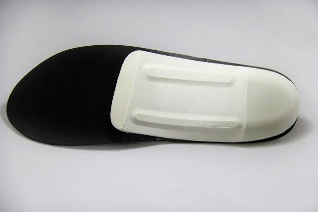 Благодаря своему бренду OLT Footcare компания предлагает индивидуальные ортопедические стельки.