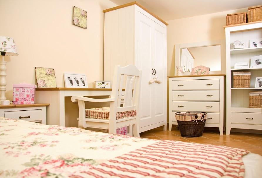 dormitorio infantil marrón