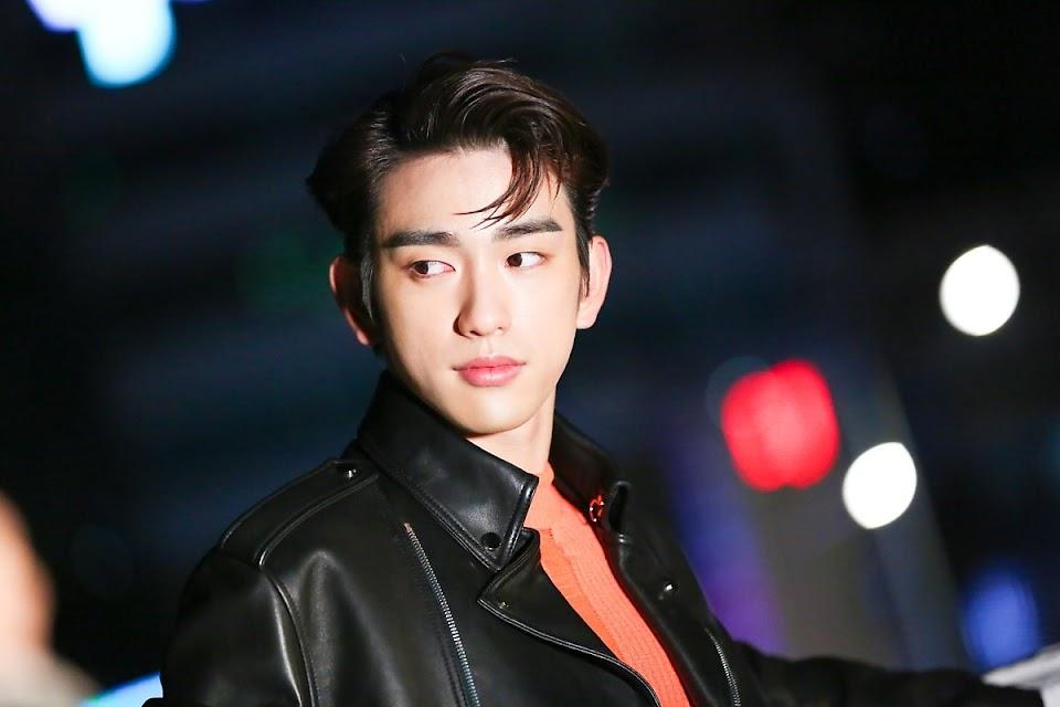 jinyoung 4