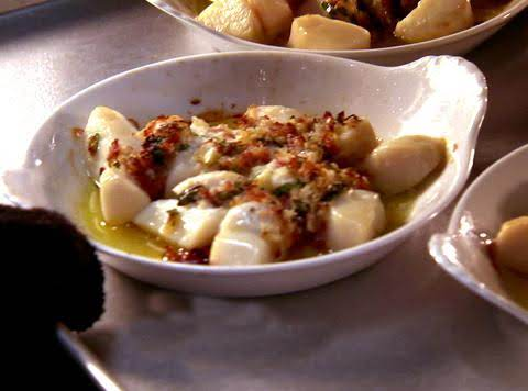 Bay Scallops Jersey Style Recipe