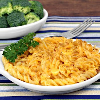 Gooey Baked Paprika Macaroni And Cheese