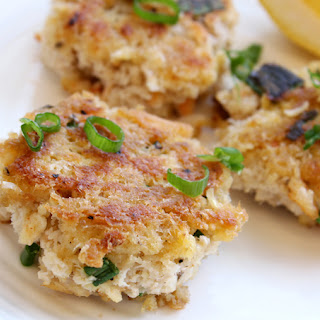 Panko-Crusted Crab Cakelets